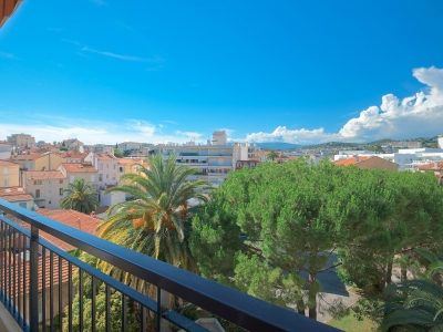 Rental-apartment-in-cannes-cozystay